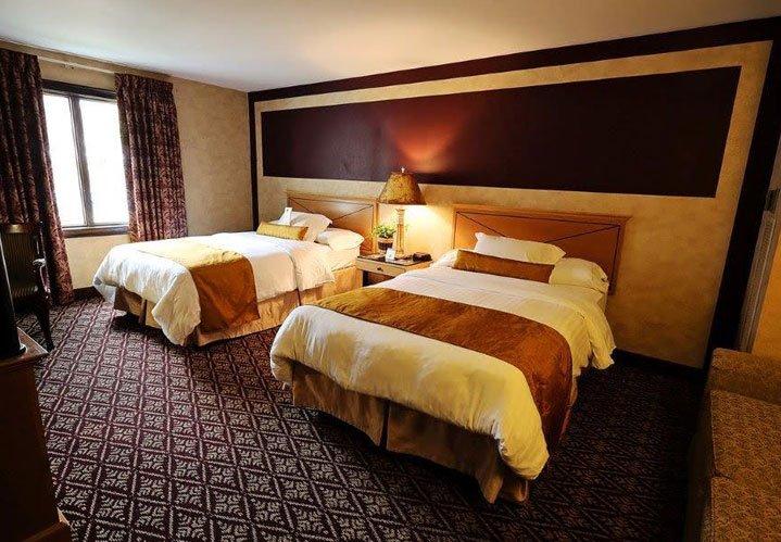 Standard rooms at The Bertram Inn in Aurora, Ohio
